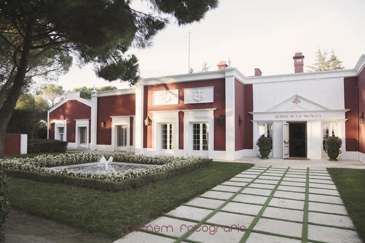 Vista general fachada quinta la muñoza-fotografías de boda