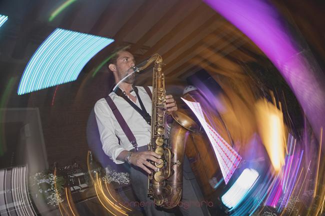 saxofonista boda-Fotografías de boda